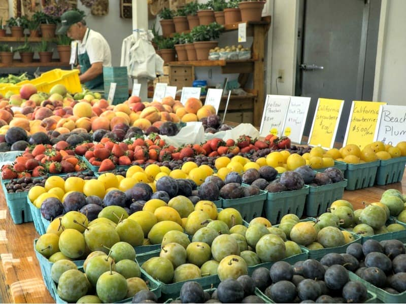 Fruits for sale at the farmer's market