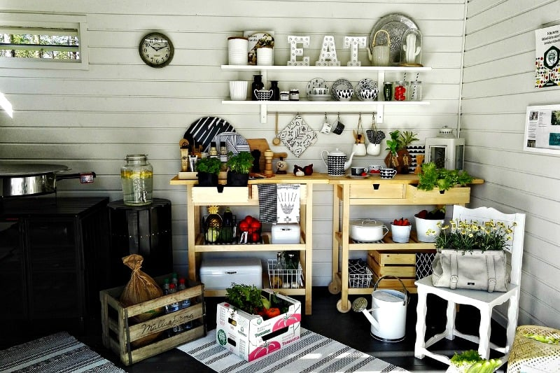 Summer kitchen in a shed