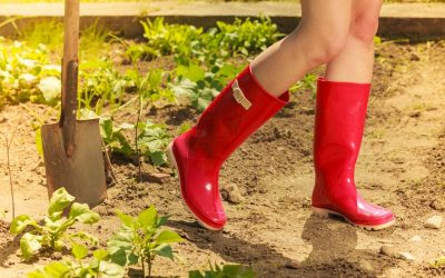Gardening shoes for women