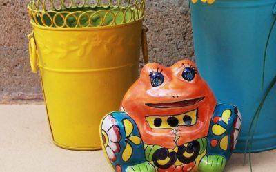 Talavera frog planter