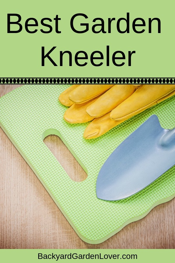 While spending time in the garden brings lots of health benefits and happiness, it can also bring knee and back pain. Take a look at this list and find the best garden kneeler for you. And if you have loved ones who garden, a kneeling pad is the perfect gift idea! #kneelingpad #kneelingpads #gardenpads #gardeningseat #gardeningkneepads #gardener #garden #nature