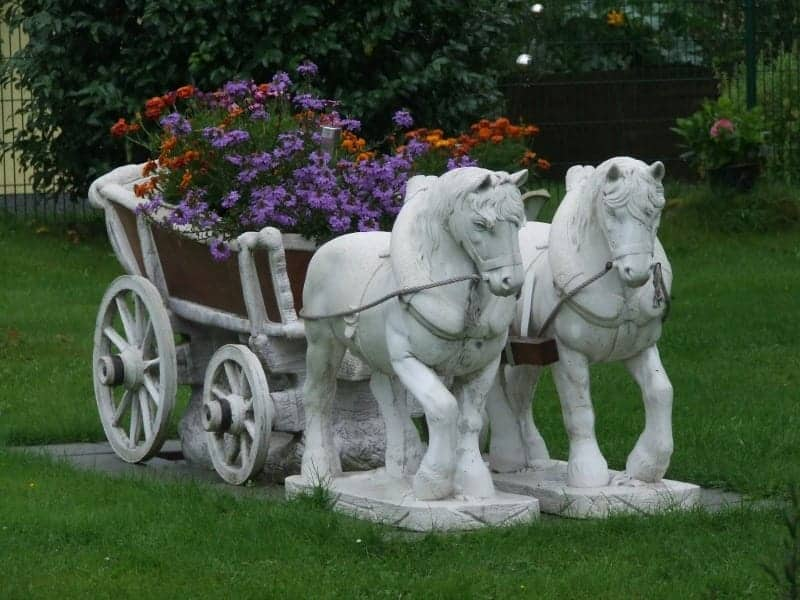 Front yard horses statuette