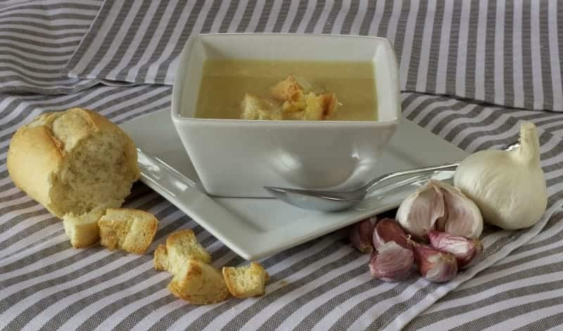 Garlic soup and bread