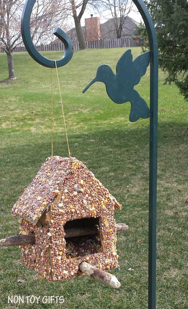 DIY Bird Feeder to Make with Kids