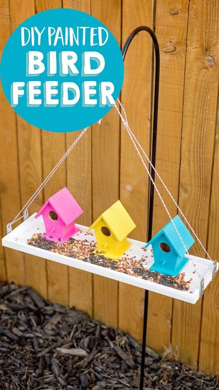 Make an Easy DIY Bird Feeder For Your Garden
