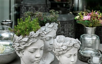 Girl head planter