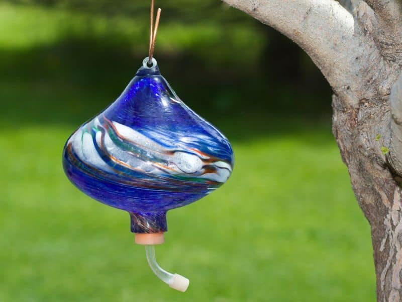 Beautifull blown glass hummingbird feeder