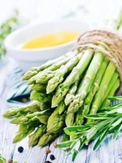 a bunch of fresh asparagus