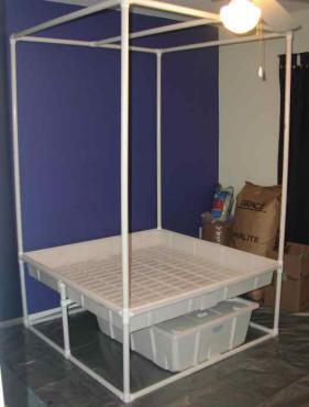 HydroPad PVC hydroponics stand