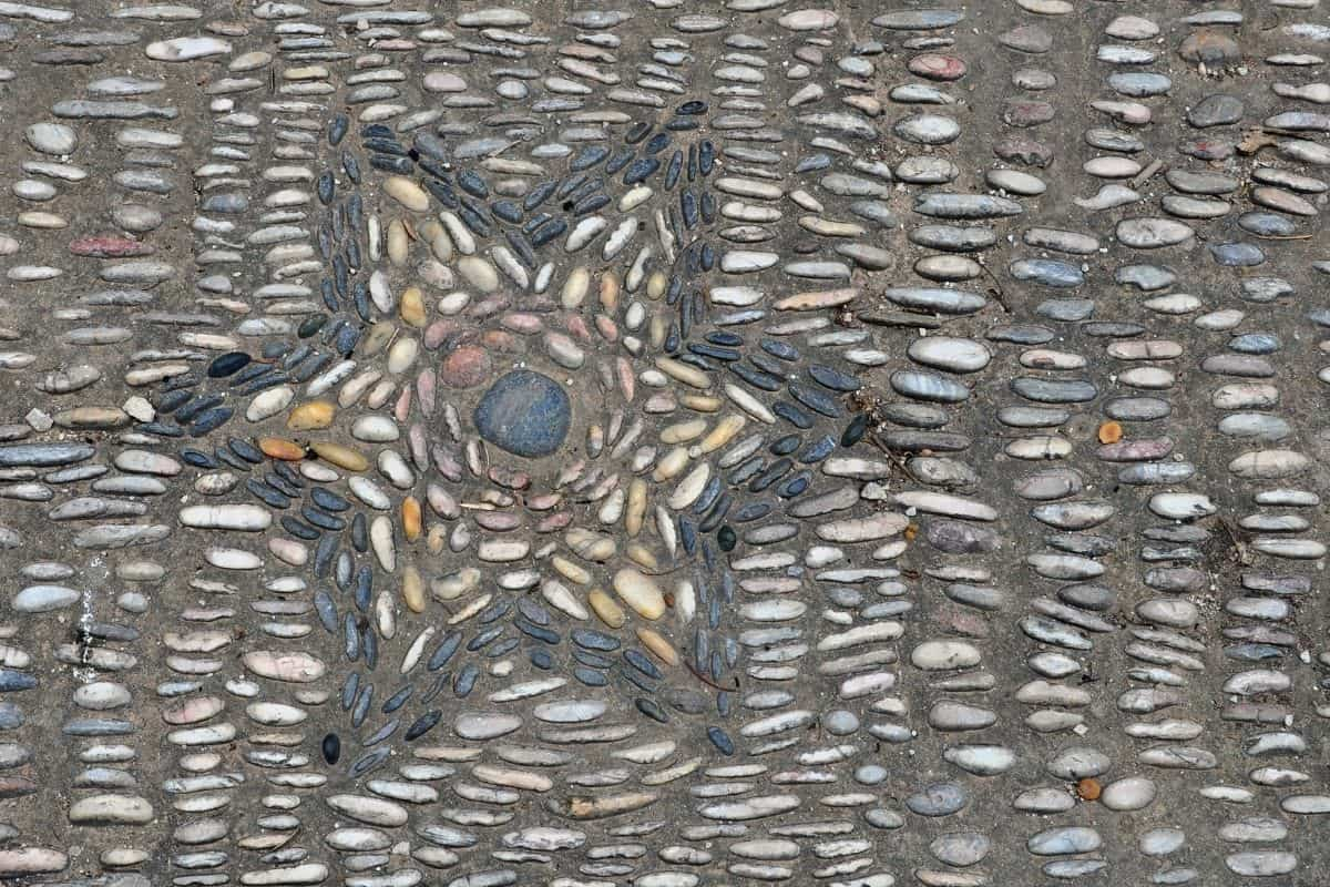 star shaped river rock mosaic
