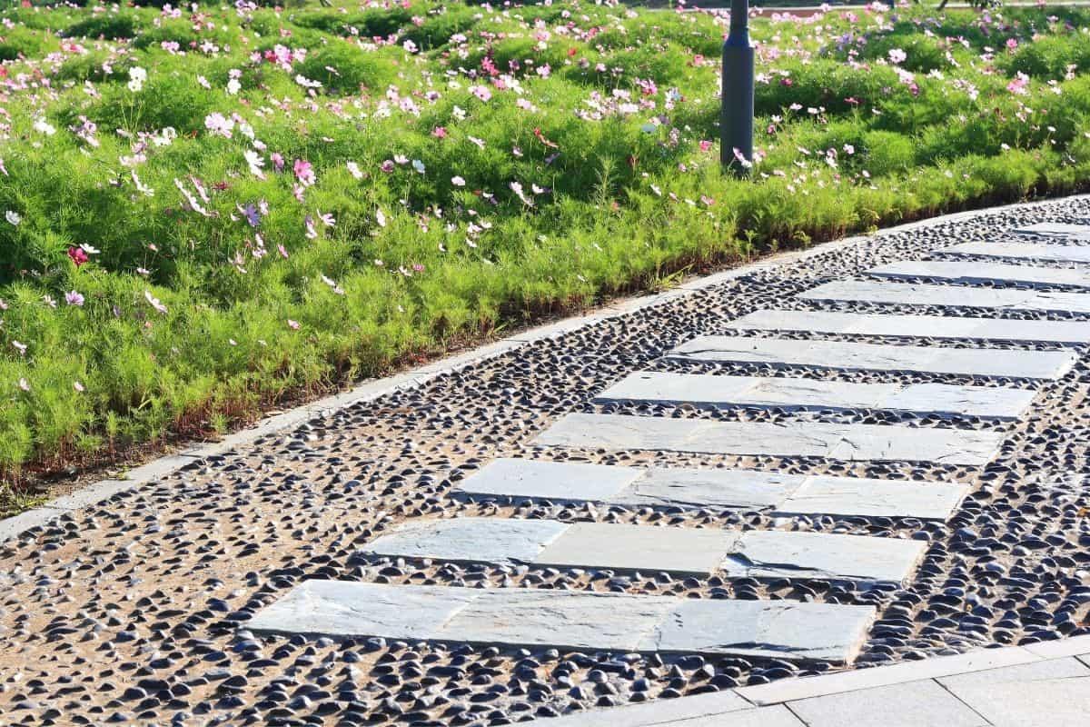 sidewalk made with rocks and slate