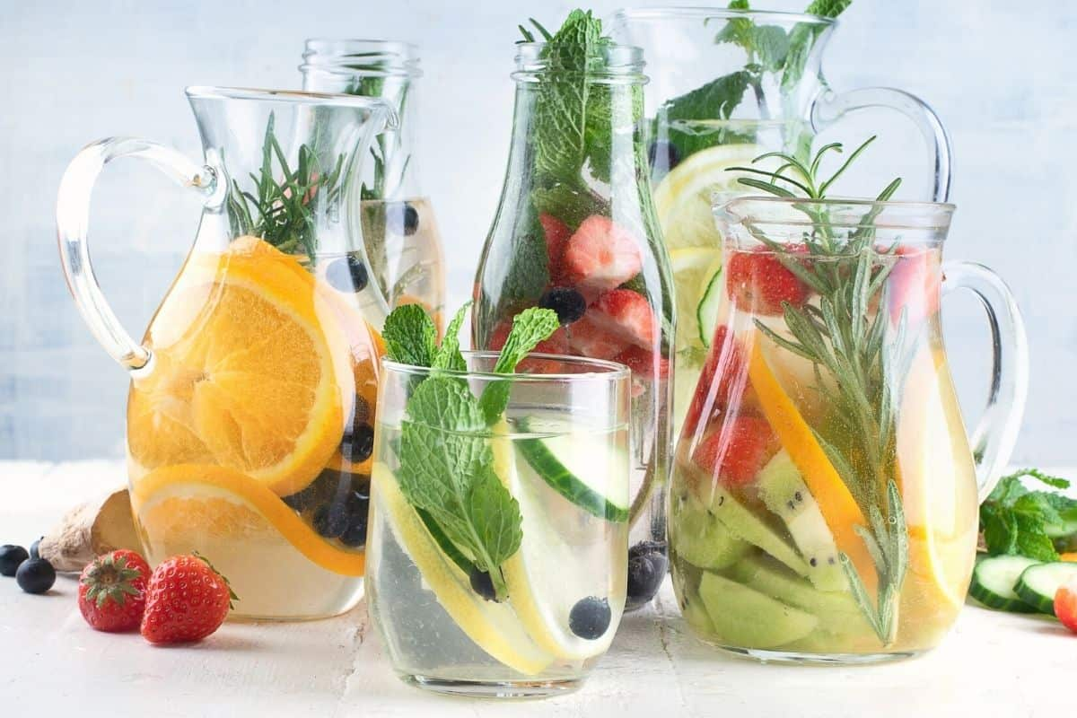 herbs and fruits infused water
